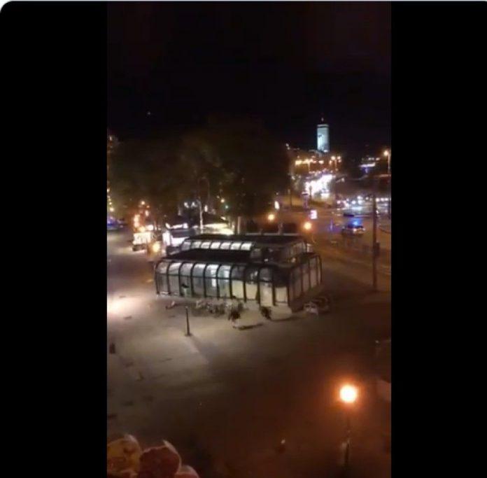 Исламисти одсецали главе у Паризу и Ници, па ево шест напада у Бечу – шта сад, Ердогане?!